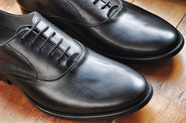 černá obuv